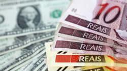 Após máxima histórica, dólar já é vendido por R$ 4,54 nas casas de