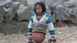 Una palla da basket al posto delle gambe: la storia di Qian vi