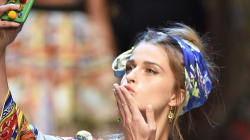 Models Go Snap Happy On The Dolce & Gabbana