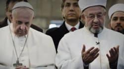 Quella foto del Papa sulla rivista Isis. L'intelligence è
