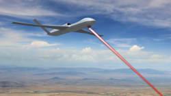 Des drones avec des canons laser dans deux