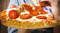 ピザは首から下げなさい(アメリカの本気)