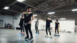 Ces garçons maîtrisent leur skate gyroscopique comme