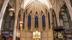Ces panoramas verticaux d'églises vont vous donner le