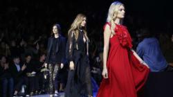 Kendall Jenner et Gigi Hadid, les inséparables, défilent pour Elie