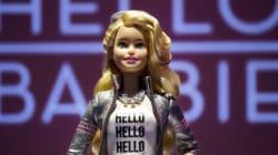 Pour Noël, Mattel misera sur Hello Barbie et ses 8000