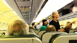 Quali sono i posti più sporchi di un aereo? Scordatevi il bagno, è uno dei più