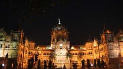 Pak Family Spent The Night On Footpath As Mumbai Hotels Denied