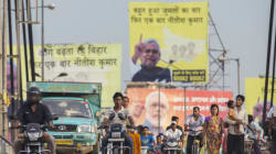 The Clever Reason Why Red And Yellow Are Nitish-Lalu's Colours This