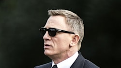 Daniel Craig Not Impressed With Pout