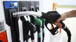 La chute marquée du prix de l'essence limite