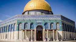 Jews Praying At The Temple Mount (Al