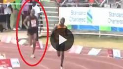 Il maratoneta imbroglione corre solo lo sprint e arriva