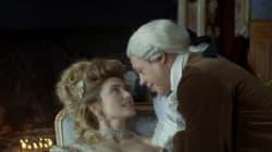 Les deux clins d'oeil à la vie privée de Julie Gayet dans