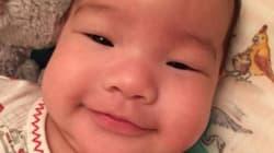 Impossible de résister au sourire du bébé de Lucy