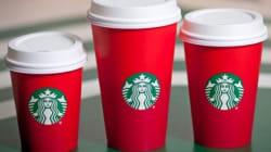 Starbucks abbandona il logo natalizio per i suoi