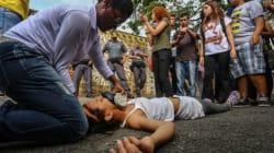 Alunos são atacados com spray de pimenta em protesto contra fechamento de escolas em