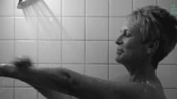 Jamie Lee Curtis rejoue la scène culte de sa mère dans