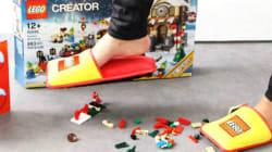 Lego cria pantufa para proteger seus pés das peças no