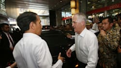 Malcolm Turnbull Gets Sweaty During Indonesia