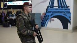 Après les attentats de Paris, la puissance publique mise à