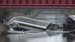 フランス高速鉄道TGVが脱線、10人死亡 車両は運河に突っ込む(画像)