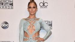 Les looks (très transparents) de J.Lo aux American Music