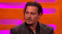 Johnny Depp si emoziona in tv parlando della malattia della