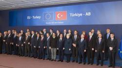 Accordo tra Ue e Turchia sui flussi di migranti. Tre miliardi di aiuti ad