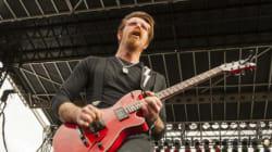 Le chanteur d'Eagles of Death Metal: pas un ange?