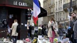 Près des lieux des attentats, on ne veut pas laisser l'émotion