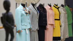 Robes, bijoux, sacs à main: des centaines d'effets personnels de Thatcher aux
