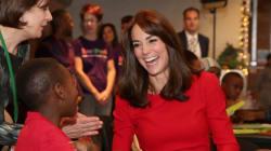 Kate Middleton porte sa tenue favorite pour visiter un centre pour
