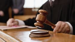 Un riche promoteur acquitté parce qu'il aurait pénétré sa victime par