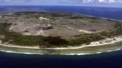 Nauru Asylum Seeker Says Male Guards Strip-Searching Female