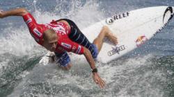 Mick Fanning passe à côté du titre mondial de surf, juste après avoir appris le décès de son