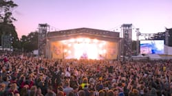 New Venue For Falls Festival As Christmas Day Fires Destroy Homes Near