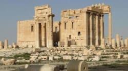 GESTO DI SFIDA ALL'ISIS - L'arco di Palmira rivive a Londra e New