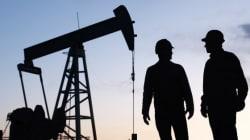 Le baril de pétrole dégringole sous les 30 dollars