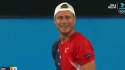 Le fair-play de son adversaire a laissé Lleyton Hewitt