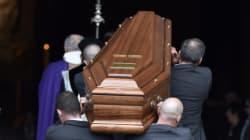 De nombreux fans et artistes réunis pour les obsèques de Michel