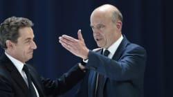 Juppé devance largement Sarkozy pour la primaire à