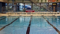 Città tedesca vieta piscina ai profughi