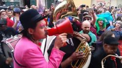 À la Nouvelle-Orléans, Arcade Fire parade en hommage à David