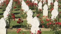 France : des tombes musulmanes couvertes de peinture