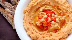 Hummus aux poivrons rouges grillés signé Max