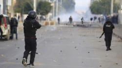 Un couvre-feu décrété en Tunisie après des troubles sociaux inédits depuis