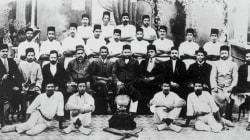 Rare Photo Of Mahatma Gandhi At A Cricket Club In