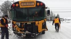 Collision entre un autobus de jeunes hockeyeurs et une