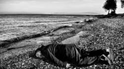 Ai Weiwei recrée la noyade du petit Aylan Kurdi sur une plage